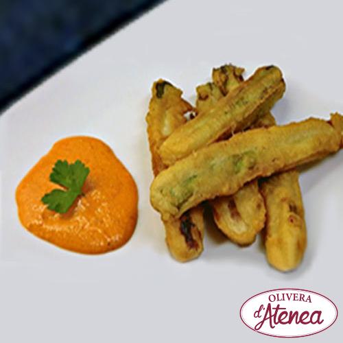Calçots en tempura con Romesco