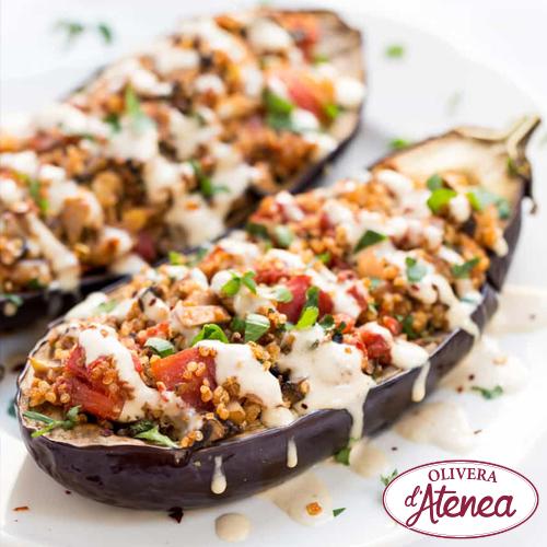 Albergínies farcides de quinoa i xampinyons amb Mayovegana Bio d'Atenea