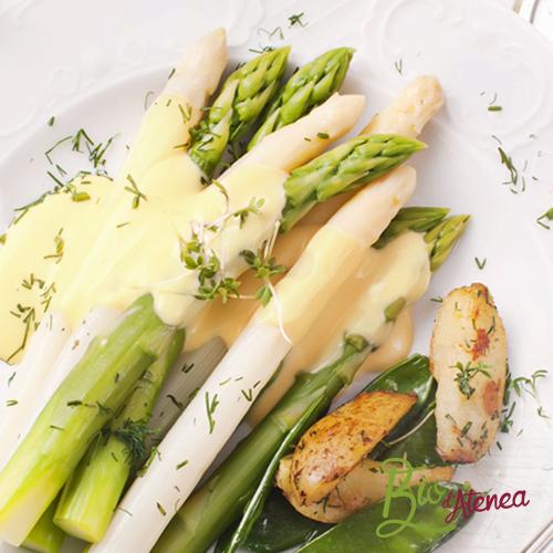 Receta de espárragos verdes y blancos cocinados al vapor