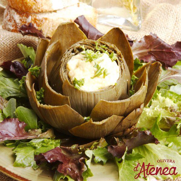 Flor de alcachofa con Allioli