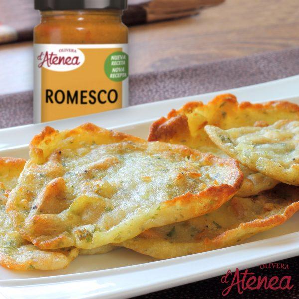 Tortilla de camarones con Romesco